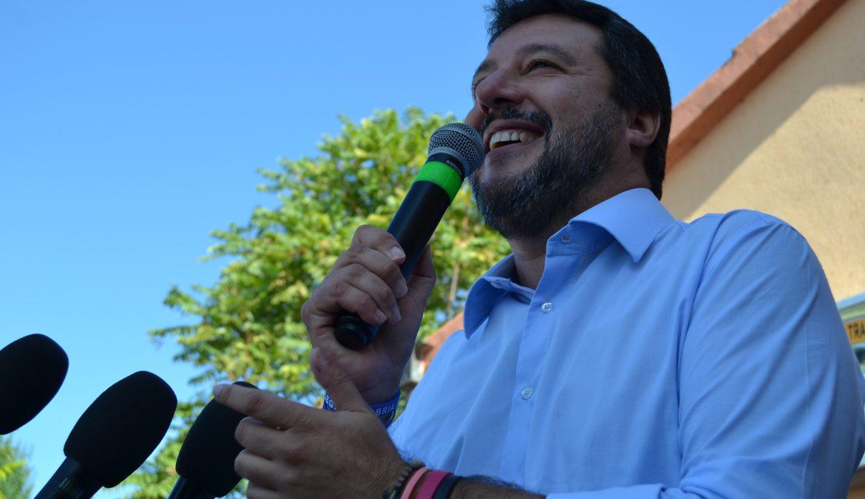 """TRASIMENO, """"SPARA A SALVINI"""": VICINANZA DELLA SEZIONE AL LEADER DEL CARROCCIO"""