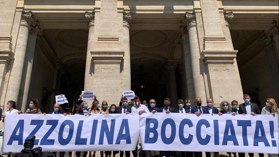 SCUOLA, MANIFESTAZIONE DEL GRUPPO LEGA-SENATO CONTRO MINISTRO AZZOLINA