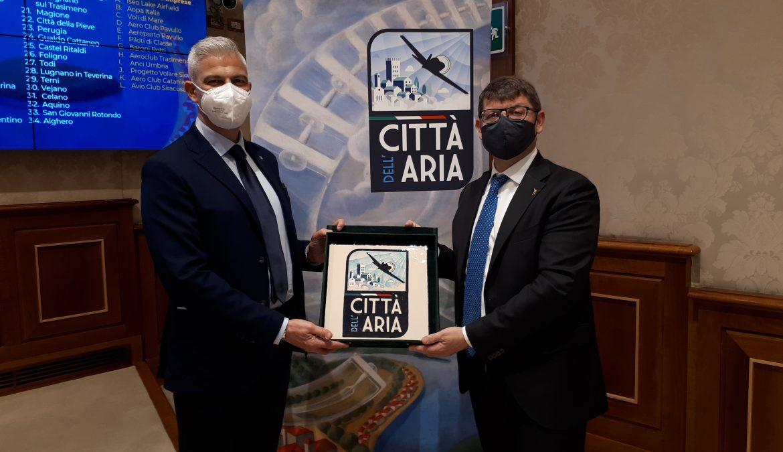 """""""CITTÀ DELL'ARIA"""" PRESENTATA UFFICIALMENTE INIZIATIVA A ROMA, AVIOTURSIMO VOLANO PER LA RIPRESA"""